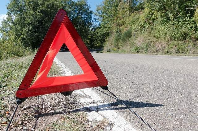 Red warning Triangle Waiting for breakdown recovery service