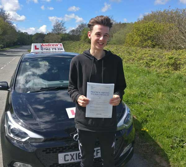 Harri driving lessons in Llandudno Junction