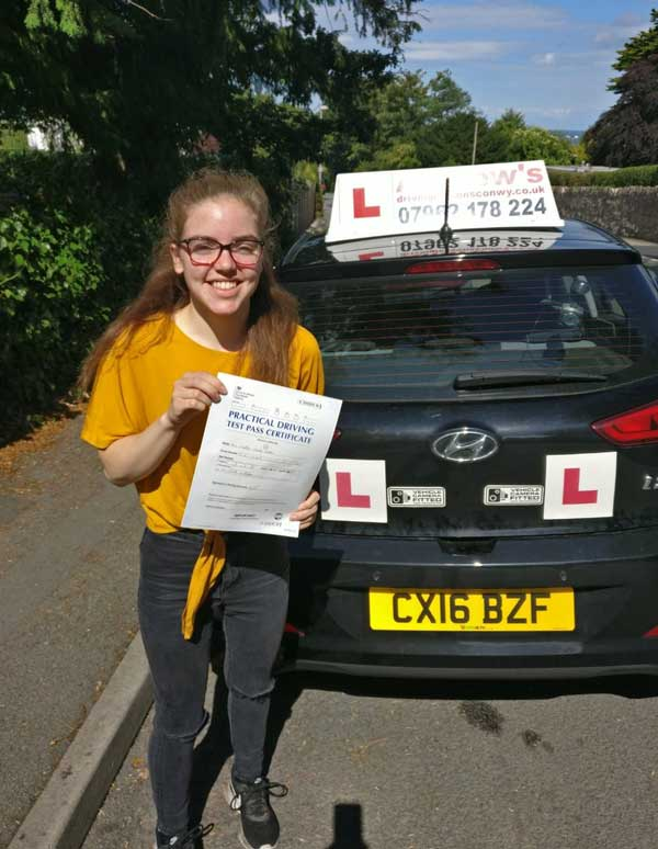 caitlin took driving lessons in colwyn bay