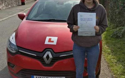 Elen driving lessons in Deganwy