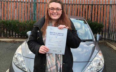 Nia Farniss, Mochdre Driving Lessons